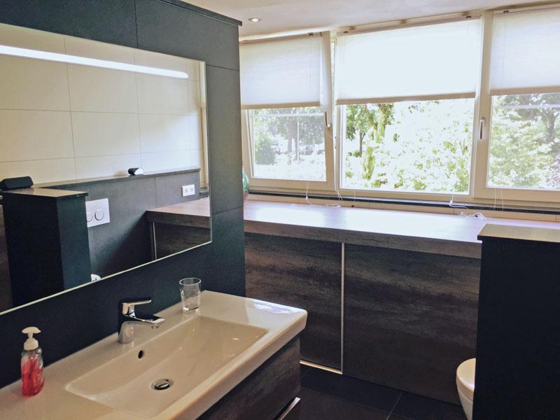 Badkamer Met Dakkapel : Renovatie badkamer bestaande woning deurne plaatsen dakkapel