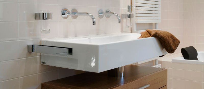 Sanitair, zoals badkamer of toilet, van ontwerp tot uitvoering